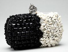 londonwarrior:  Black and white clutch with a skull clasp tnx to McQueen