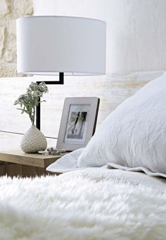 Work space inspiration: all white spaces we #levolove