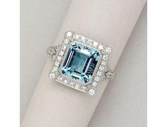 Jewelry Diamond : Aquamarine, Diamond and Platinum Ring - 20 Gorgeous Aquamarines - Style Estate . - Buy Me Diamond I Love Jewelry, Jewelry Rings, Jewelry Box, Jewelery, Jewelry Accessories, Fine Jewelry, Gold Jewellery, Bijoux Art Deco, Art Deco Jewelry