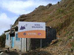 Vers le col...Route à travers la Serra Malaguata - Santiago - Cap Vert