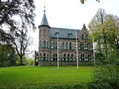 Gemeentehuis in Winsum | Monument - Rijksmonumenten.nl