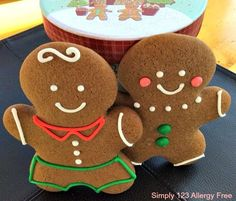 "This recipe for crisp, yet chewy ""Paleo Gingerbread Men Cookies"" is the perfect rendition of the traditional recipes many have been making for years. Gluten Free Gingerbread, Gingerbread Man Cookies, Gingerbread Men, Gingerbread Recipes, Pumpkin Cookies, Christmas Treats, Christmas Baking, Christmas Cookies, Christmas Foods"