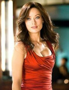 Actress Olivia Wilde Body Measurements Bra Size Height Weight Eye Hair Color Stats and her complete waist, hip, bust, bra cup and shoe size details along with body shape pictures are available. Beautiful Women Pictures, Beautiful Celebrities, Beautiful Actresses, Most Beautiful Women, Beautiful People, Olivia Wilde, Olivia Munn Body, Die Wilde 13, Actrices Hollywood