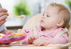 Cardápio do bebê entre 9 meses e 1 ano. Confira uma sugestão de cardápio e algumas receitas! #papinha