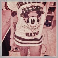 Minnie Mouse Disney Shirt<3