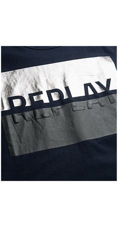 T-shirt in jersey con stampa REPLAY Boys Shirts, Sports Shirts, Cool T Shirts, Hang Ten, Replay, T Shirt Photo Printing, Estilo Fitness, Fabric Labels, Tee Shirt Designs
