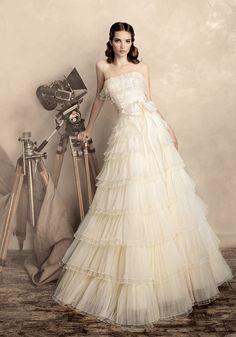 Vintage Glam wedding dress wedding dressses, fashion, idea, bridal, weddings, dresses, gown, bride, papilio