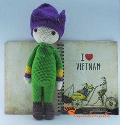 Tulip Theo doll made by Amigurumi O - crochet pattern by Zabbez