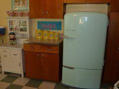 My 1940's PHILCO fridge
