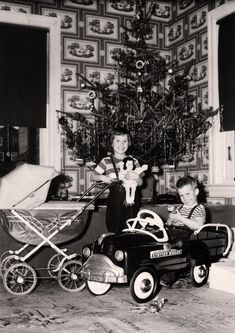 Shorpy Historical Photo Archive :: Christmas: 1951