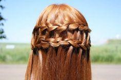 Beautiful dutch braid with flowers | Desiderate acconciature originali e poco monotone? Pinkblog vi propone ...