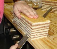 Romanian Desserts, Loaf Cake, Mini Cakes, Bamboo Cutting Board, Cookie Recipes, Fondant, Caramel, Goodies, Sweets