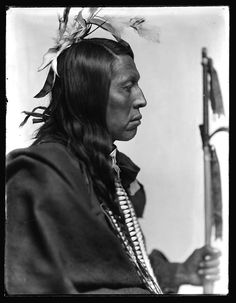 Flying Hawk, a Sioux man. Photo by Gertrude Käsebier. 1900