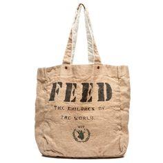 バッグを販売することで世界中のお腹を空かせた子供たちに食糧(給食)を届けるプロジェクト「FEED Projects」から機能性をたっぷり備えたリバーシブルバッグ
