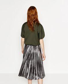 Image 4 of METALLIC ACCORDION PLEAT SKIRT from Zara