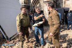 George Clooney, Jean Dujardin & John Goodman sur le tournage de The Monuments Men, 2014.