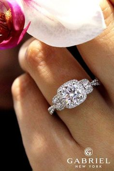 Gabriel And Co Engagement Rings Extraordinaire See more: #weddings #halorings