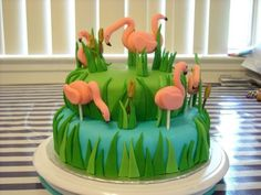 She wants a flamingo cake for her birthday....