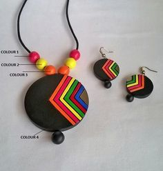 Round Multi-coloredTerracotta Necklace and Ear-hangings use polymer clay like paint, Polymer Clay Pendant, Polymer Clay Earrings, Clay Beads, Paper Jewelry, Fabric Jewelry, Jewelry Crafts, Jewelry Bracelets, Necklaces, Terracotta Jewellery Designs