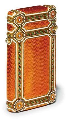 Art Nouveau - A jewelled gold-mounted GUILLOCHÉ enamel cigarette case marked FABERGÉ, With the workmaster's mark of Michael Perchid, St. Objets Antiques, Jugendstil Design, Vintage Cigarette Case, Antique Boxes, Art Nouveau Jewelry, Russian Art, Objet D'art, Belle Epoque, Saint Petersburg