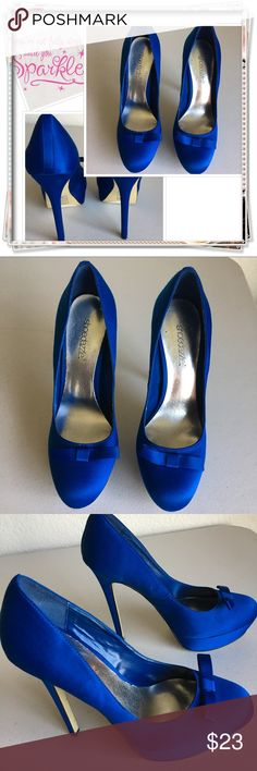 "BNWOT Shoedazzle Blue Stilettos Brand New!! Beautiful satin royal blue 5.5"" Heels size 7 ✨ these look so amazing on but are definitely for someone with more talent ha!  They do have a small platform in the front for some comfort and If you're Really Into these shoes you know they would definitely give the height and the Cinderella ""all eyes on me"" attention 😄 ShoeDazzle Shoes Heels"
