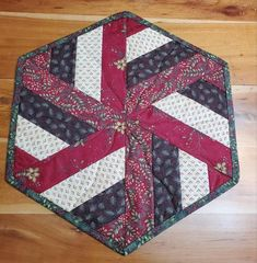 16x19 Quilted Christmas Holiday Winter Hexagon Centerpiece   Etsy