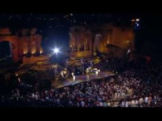 Simply Red - Sunrise (Live)  2003 concert in Sicily