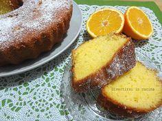 Ricetta ciambella all'arancia Divertirsi in cucina3 uova 250 gr. di zucchero 250 gr. di farina 130 ml di succo di arancia 130 ml d'olio 1 bustina di lievito per dolci