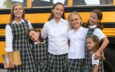 Uniform shows that everybody is equal and that the exterior is not the only thing that matters. It gives children a chance to belong, and not be judged based on what they are wearing School Girl Dress, School Wear, School Uniform Girls, American School Uniforms, Catholic School Uniforms, Starting Kindergarten, Girl Poses, Public School