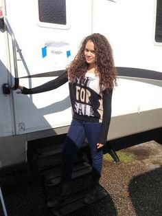 Photos: Madison Pettis Working In Michigan On Her New Movie Role October 3, 2014