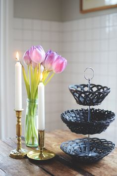 How to make a tiered tray of baskets