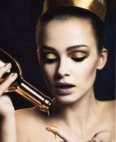 The midas touch: A guide to wearing gilded gold makeup - dropdeadgorgeousdaily.com