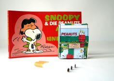 Zigaretten Hülle SNOOPY & PEANUTS Comic upcycling Unikat! PauwPauw Zigarettenetui, Zigarettenbox, Bulldogge Comic Recycling made in Berlin von PauwPauw auf Etsy