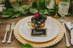 fruit cup plate setting