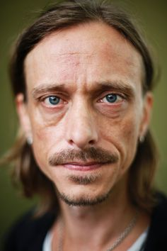 mackenzie crook height