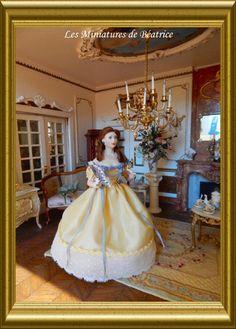 Elvire, a porcelain doll made by Les Miniatures de Béatrice.