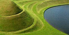 Domenique Mora: The Garden of Cosmic Speculation Garden Of Cosmic Speculation, Modern Physics, Cosmos, Sculpting, Garden Design, Golf Courses, Earth, Landscape, Architecture