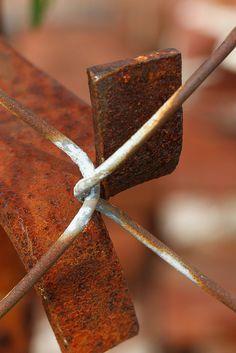 rust - fence