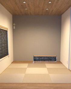 フォロワー6,393人、フォロー中707人、投稿182件 ― \\ my home diary //さん(@h._.haus)のInstagramの写真と動画をチェックしよう Japanese Home Design, Japanese House, Tatami Room, Wood Wallpaper, Japanese Architecture, Wood Ceilings, Carpet Flooring, My House, New Homes