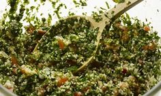 Yotam Ottolenghi - The new vegetarian: Tabbouleh There's a right way and a wrong way to make this brilliant Middle Eastern salad, says Yotam Ottolenghi. Yotam Ottolenghi, Ottolenghi Recipes, Veggie Recipes, Salad Recipes, Vegetarian Recipes, Cooking Recipes, Healthy Recipes, Veggie Dishes, Fish Recipes