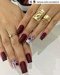 """2,476 curtidas, 11 comentários - Clique Unhas (@cliqueunhas) no Instagram: """"#Repost @atelieliviaunhaaas Lindas!!!💕💕 Esmalte: Graciosa @ludurana #cliqueunhas"""" Manicure Colors, Nail Manicure, Nail Colors, Gorgeous Nails, Pretty Nails, Acrylic Nail Designs, Nail Art Designs, Glittery Acrylic Nails, Pink Nails"""