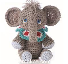 Emekce.com sizler için hergün yeni bir örgü modelini yapılışını paylaşmaya devam ediyoruz. Bu yazımızda çocuklarınızın sağlıklı örgü oyuncaklarla oynamaları için çok sevecekleri sevimli bir fil yap…