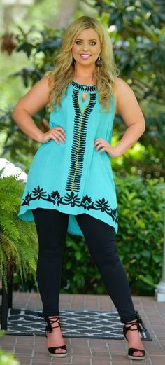 Perfectly Priscilla Boutique - All Eyes On You Tunic - Teal , $39.00 (http://www.perfectlypriscilla.com/all-eyes-on-you-tunic-teal/)