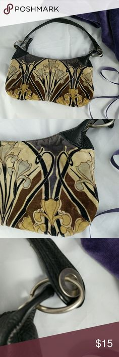 "Banana Republic boho iris small bag Art Deco style handbag.  11"" across; 5"" top to bottom; 10"" top of strap to top of the bag. Worn appearance.  Great for festivals.  Fits right underneath your arm Banana Republic Bags Shoulder Bags"