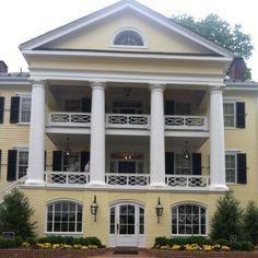 Plantation home in orange, va (Willow Grove)