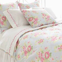 Pretty pink and pastel blue floral bedding