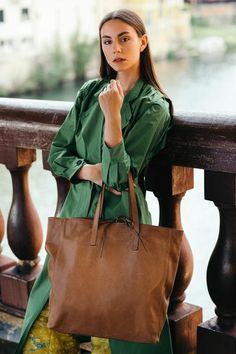 Granada is an exclusive collection of Gianni Segatta, Venetian artisan designer who goes beyond the standards and creats unique hand-crafted bags using the fine Del Conte, Exclusive Collection, Venetian, Italian Leather, Artisan, Tote Bag, Unique, Beauty, Beautiful