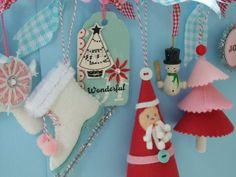Patterns and tutorials for this adorable felt ornament garland