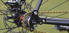 Swinging Dropouts Make Chain Tension Easy