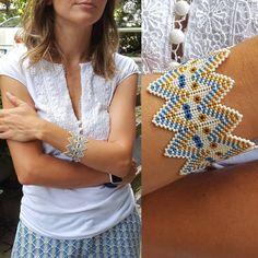 naz & gem accessory design 🍃 - the yaztakı design that - Diy Schmuck, Schmuck Design, Beaded Jewelry, Handmade Jewelry, Beaded Bracelets, Loom Beading, Beading Patterns, Diy Bracelets Easy, Quilling Designs